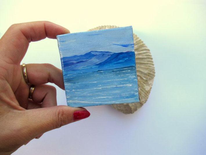 mini-peinture-marine-ocean-montagne-tableau-bleu-decoration-minimaliste-miniature-audrey-chal-royan-artiste-peintre