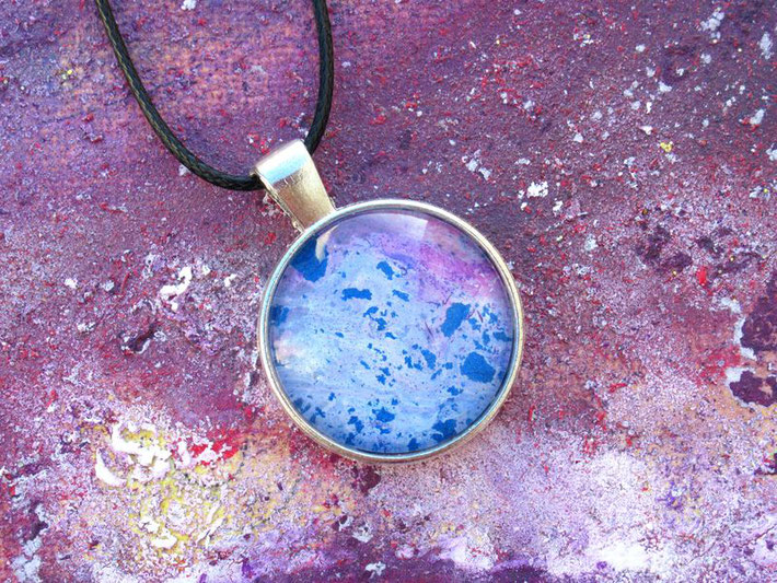 collier-fille-femme-bleu-violet-bijou-fantaisie-royan-art-collection-cadeau-original-moderne-feminin