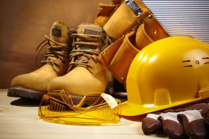 建設現場の安全装備