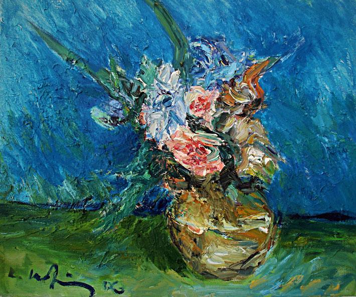 Iris und Rosen vor Blau   2006, Öl auf LW, 46 cm x 55 cm