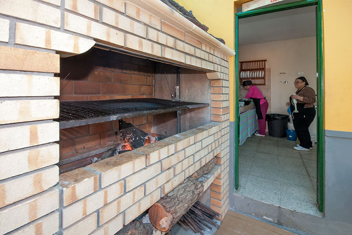 BBQ Grill  - Blick in die Küche