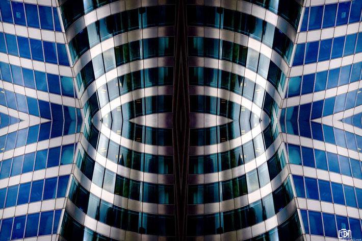 Symétrie architecturale, 2016, Léo Derivot Photographe