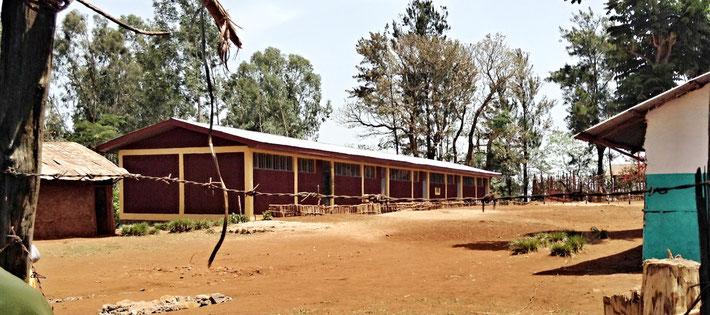 Das neue Schulhaus von Jerkuni