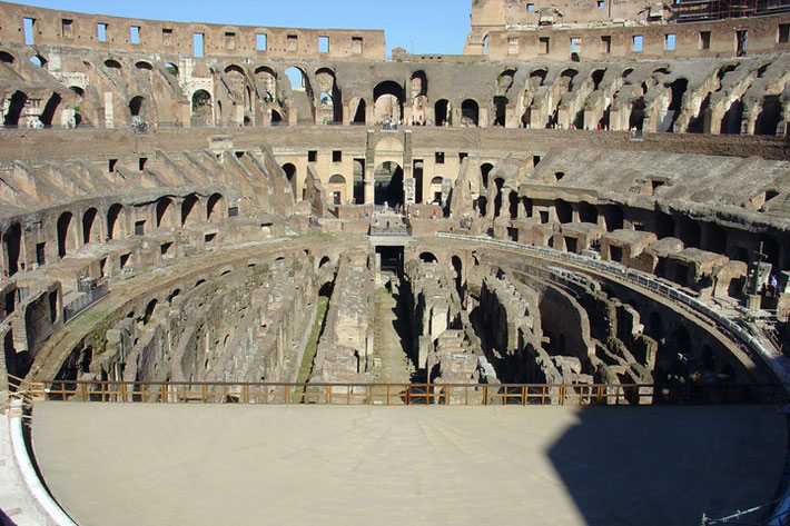 Innenraum des Kolosseums.