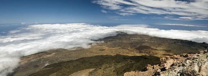 Panorama auf dem Gipfel des Pico del Teide (aus zwei Einzelaufnahmen)