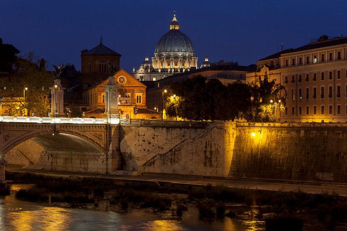 Besonders am Abend macht Fotografieren in Rom viel Spaß!