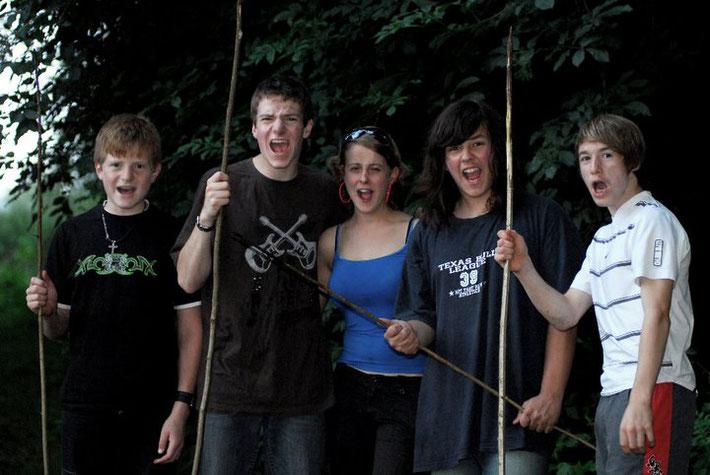 Die Antagonisten, gespielt von Simon, Jonas, Katrin, Toni und Vincent