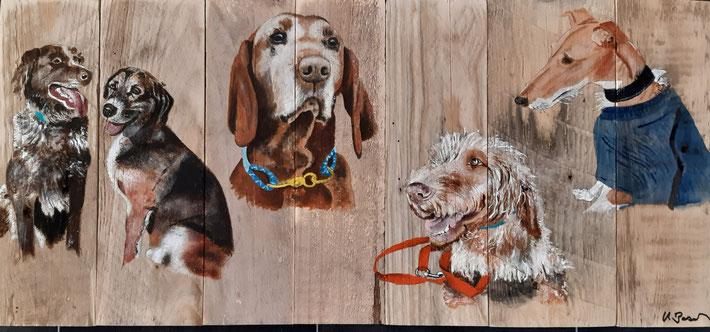 Auftrag auf Holz für einen Hundefan