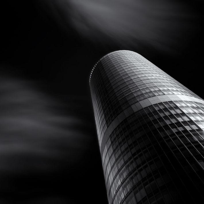 Big Business (Copyright Martin Schmidt)