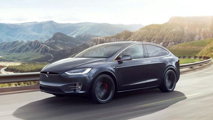 Was Tesla von herkömmlichen Herstellern unterscheidet