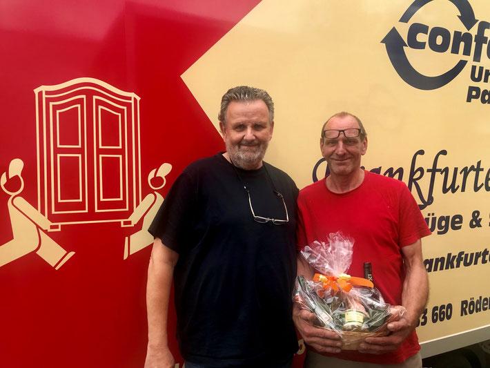 Geschäftsführer der Frankfurter Packer Ewald Martiny mit Daniel Hofmann