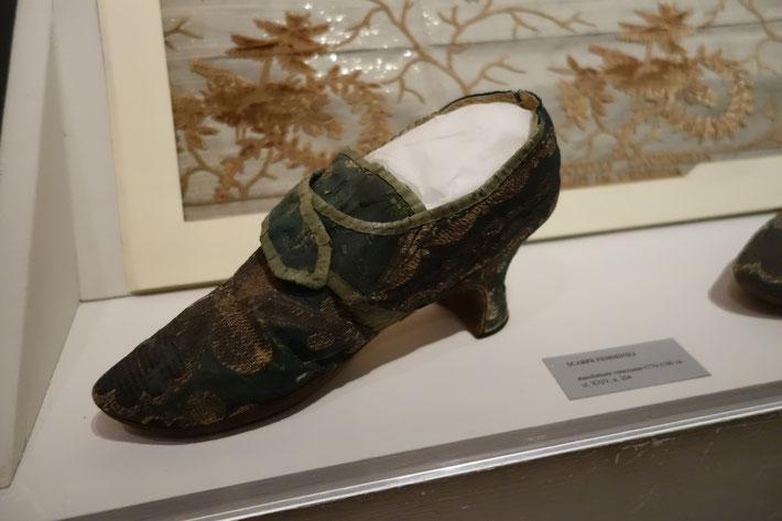 Schuh des Rokoko, 18. Jahrhundert, Mueo Correr, Venedig. Foto von Nina Möller