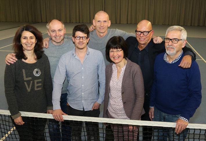 v.l.n.r.: Maria Rouev, Michael Bornemann, Sebastian Deutschendorf, Michael Burkat, Dr. Roswitha Glöckler, Burkhard Voss, Siegmar Biedebach