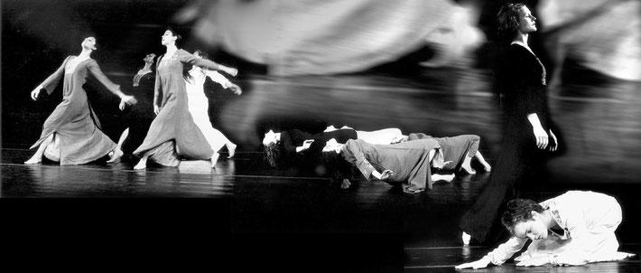 Susanne Linke Arbeiten aus der Fruehphase Danse funebre Urauffuehrung 1975 Fotomontage Heidemarie Franz