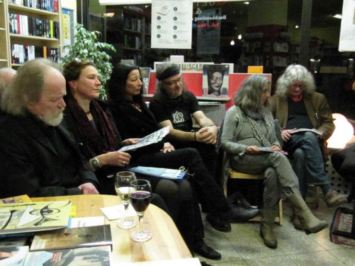 von l. nach r.: Peter Linden, Charlotte Springer, Karima Badr, Bernd Beißel, Luisa Giannetta, Uli Kaup