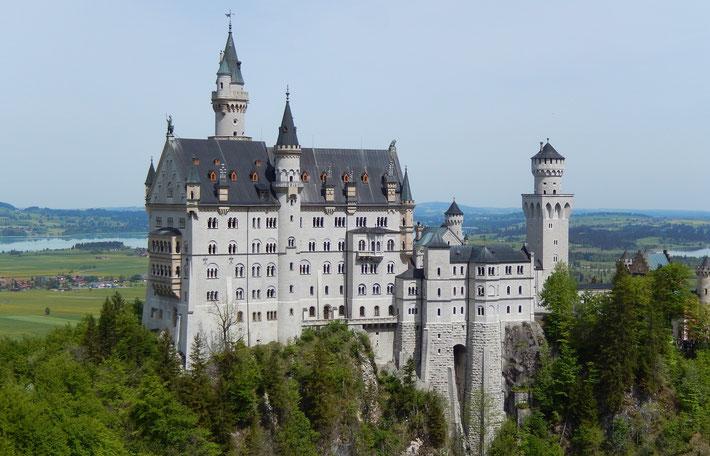 ルードヴィッヒ2世の夢の城、ノイシュバンシュタイン城  ホーエンシュバンガウ