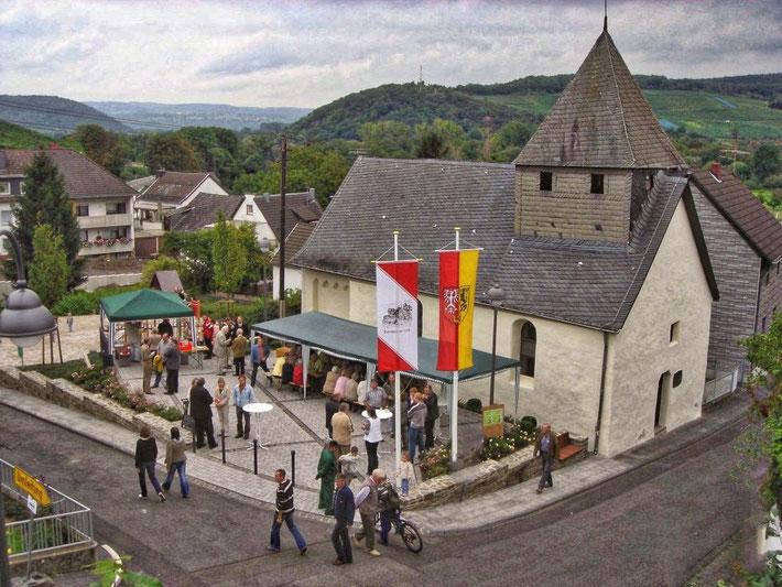 Am 7. September 2007 wurde der Dorfplatz in seiner heutigen Form eröffnet.