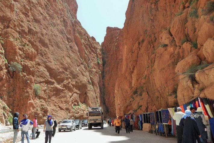 Todra Schlucht Marokko Expeditionsmobil