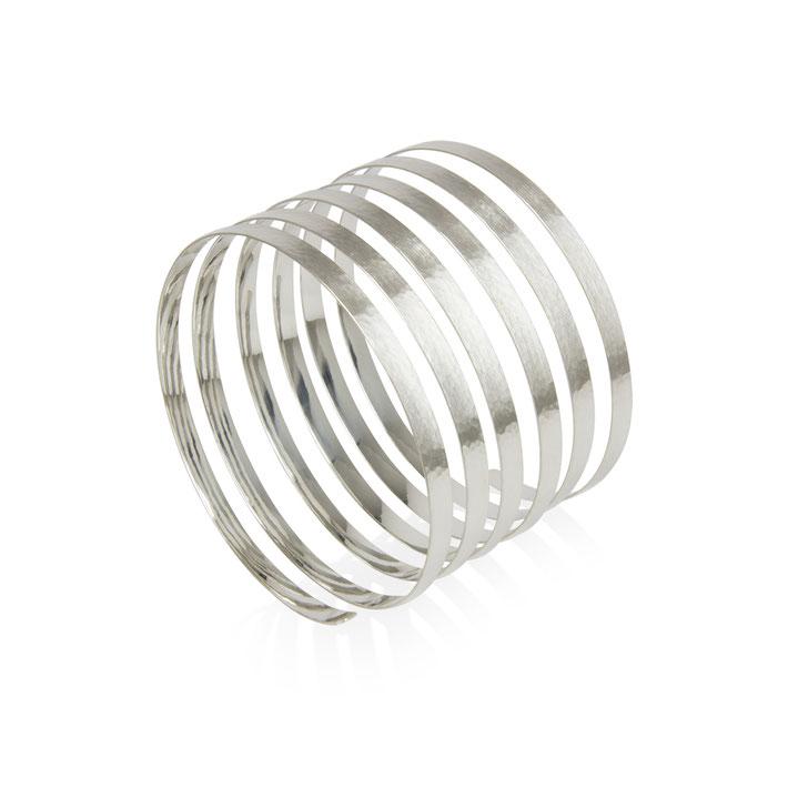 spiral-armreif-spiral-kollektion-goldschmiede-herzog