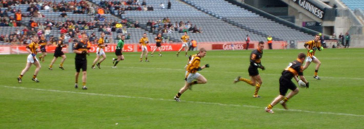 Gaelic Football im Croke Park Stadium / Von Martin Brückner - Eigenes Werk, CC BY-SA 2.5, https://commons.wikimedia.org/w/index.php?curid=1853606