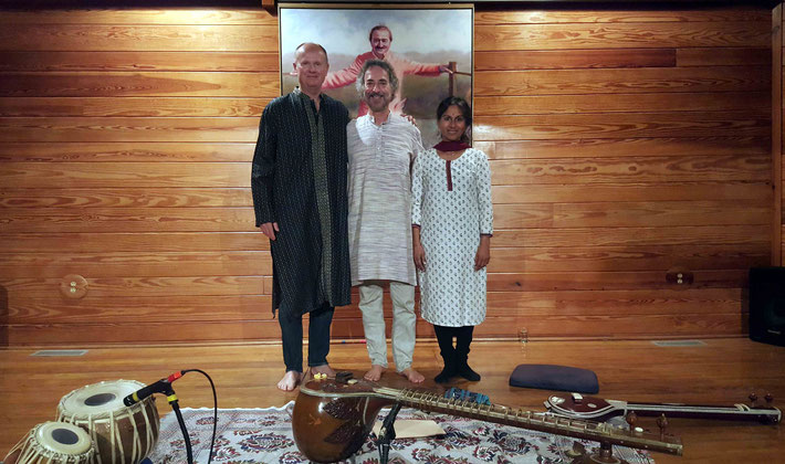 (L-R) Cliff Hackford - Percussion (tablas), Michael Siegell - Sitar & Lakshmi Siegell - Tambura, performed at the Meher Center, Myrtle Beach.