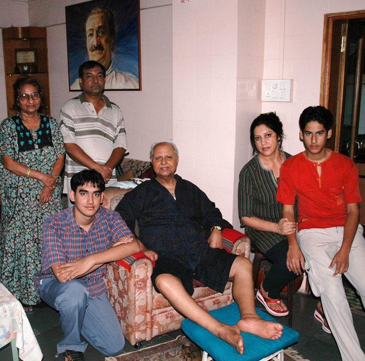( L-R ) Rama Kalchuri, Mehernath Kalchuri, Bhau and Jatin Kalchuri......
