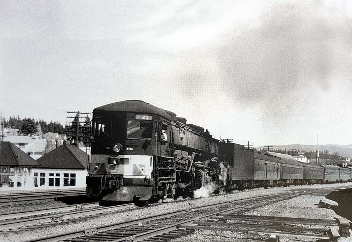 "1930s - Southern Pacific train. Image taken by J.Morley for the""Classic Trains"" magazine. Courtesy of Larry Karrasch."