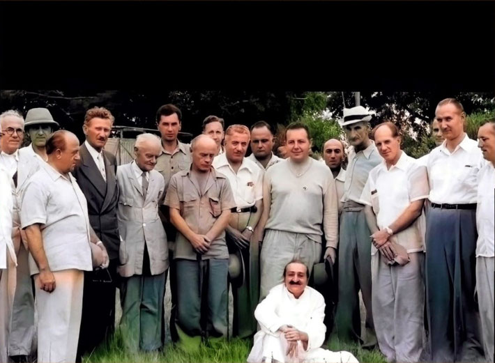 This is colourized version of the photo above. Frank is on the far right. Colourization by Narendra Gandhi.