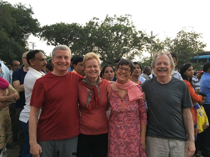 ( L-R ) Elliot Rubin, Karyl Tych, Heather Nadel and Keith Sheridan - Meherabad, India