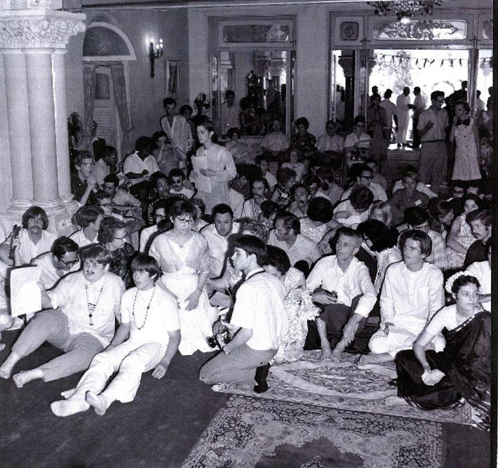 Front left : (L-R) Rafael Rudd & Gregg Rosen sitting inside Guruprasad