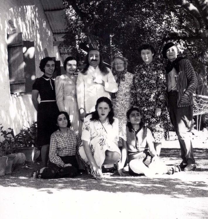Back row ( L-R ) Goher, Mehera, Baba, Elizabeth, Ivy & Norina.  Front row : Mani, Chamain Knowles & Meheru Irani.