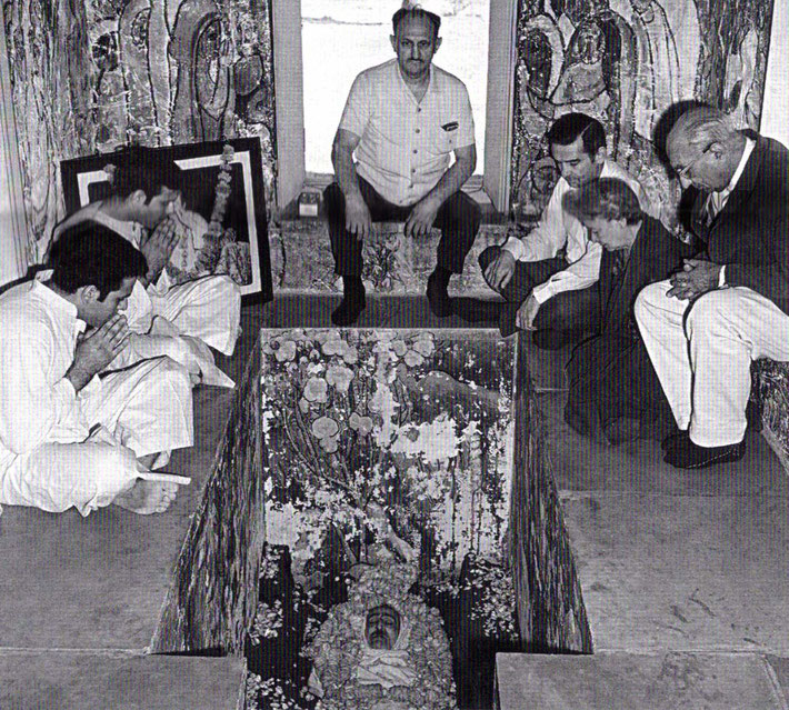 Start of February 1969. Don is seated  ( centre-right ) near the window sill, inside Meher Baba's crypt.