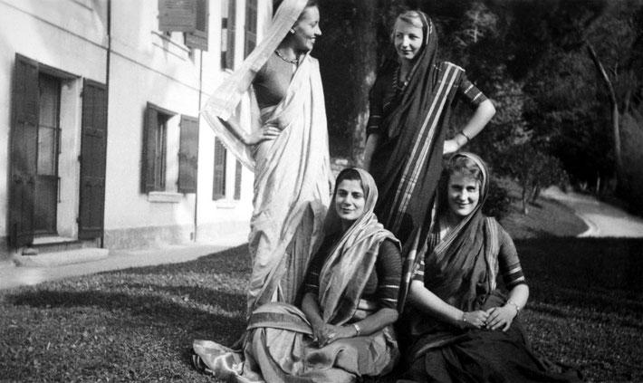 1937, Cannes : ( L-R ) Andree, Anita de Caro, Hetti Mertens' nieces & Irene Billo dressed in their saris.