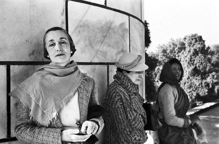 1930s ( L-R ) Norina, Nonny Gayley & Walu Pawar in India