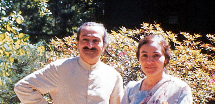 1952 ; Meher Baba and Mehera Irani at the Meher Center, Myrtle Beach, SC. ( closeup view from original )