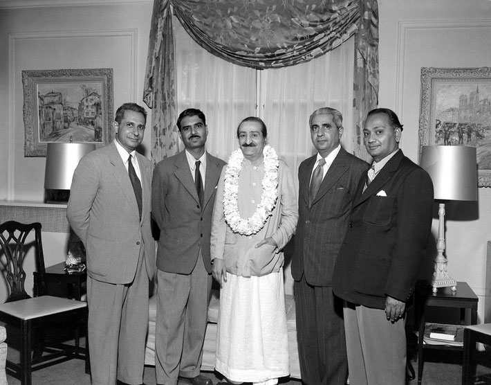 30th July 1956 - Ivy Duce's home, Washington D.C. : Meher Baba with ( l-r ) Meherjee Karkaria, Eruch Jessawala, Adi K. Irani & Dr.Nilu Godse. Photo taken by Harold Chase Davis