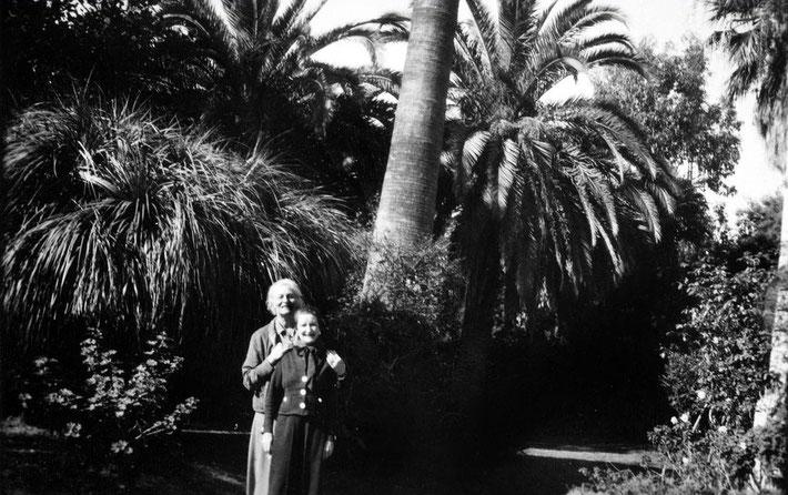 1930s ; Europe - Nonny with Roano Bogislav