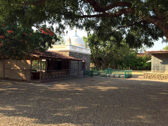 Avatar Meher Baba's Samadhi - Tomb shrine with women's graves ( right ) & Baba's Cabin ( far right )
