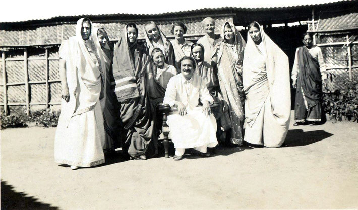 India, late 1930s. From left to right: Nadine Tolstoy, Mary Backett, Delia DeLeon, Nonny Gayley, Norina Matchabelli, Rano Gayley, Margaret Craske, Ruano Bogislav, Elizabeth Patterson, Kitty Davy. — with Meher Baba and Kitty Davy.