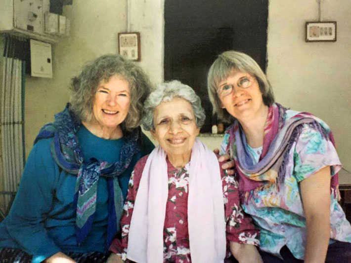 ( L-R ) Meherazad, India : Nancy Wall, Arnavaz Dadachanji and Deborah M. Smith. Courtesy of Nan Wicker