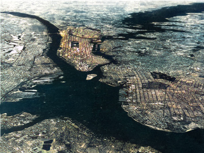 1934 - NYC high aerial view. Image colourized by Anthony Zois.