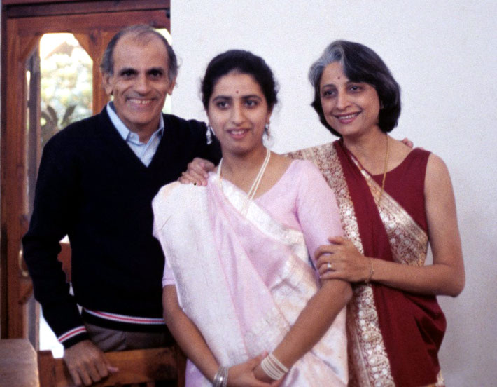 Hoshang & Havovi Dadachanji with their daughter Meherrukh