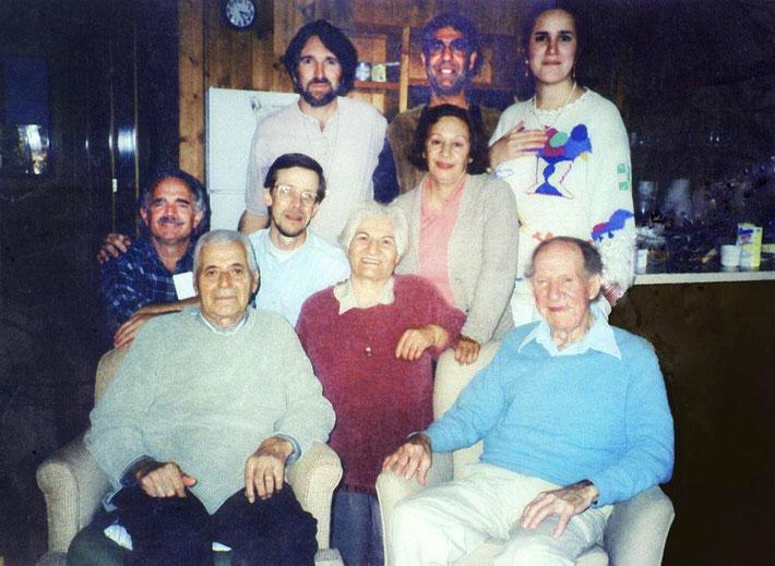 2000 : Marjan Namiranian, Esfandiar, Farshid, Damien, Darwin, Shireen, Philip Craeger & Jeff Wolverton