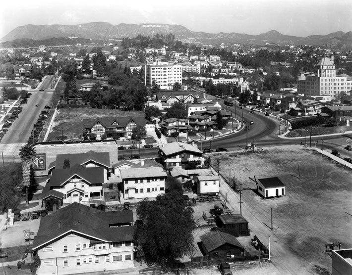 1932 : View of Hollywood, looking north towards Vine ( left) & Argyle (right) .Middle foreground is Yucca, Franklin is beyond.