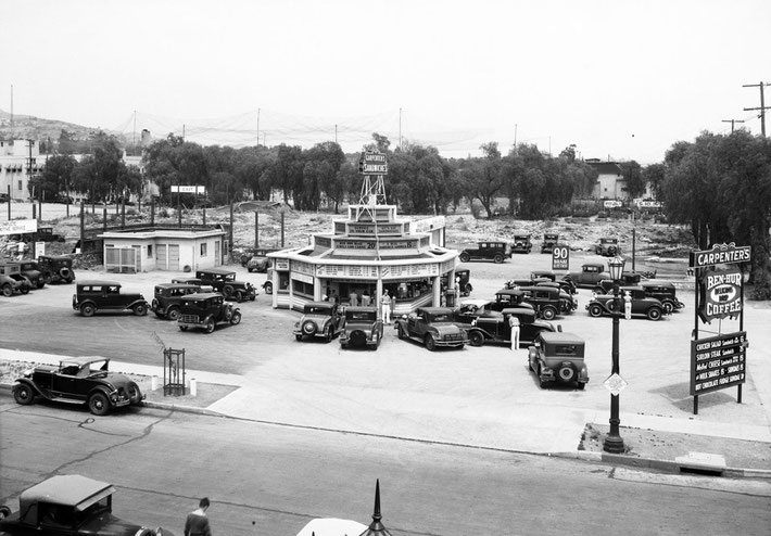 Fast food in 1932- Carpenter's drive-up sandwich stand at Sunset & Vine - Hollywood