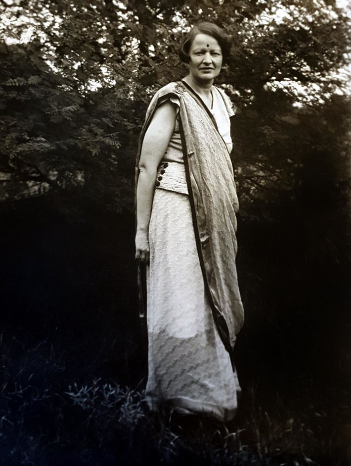 Elizabeth in India, 1930s . Courtesy of Meher Center, Myrtle Beach, SC.