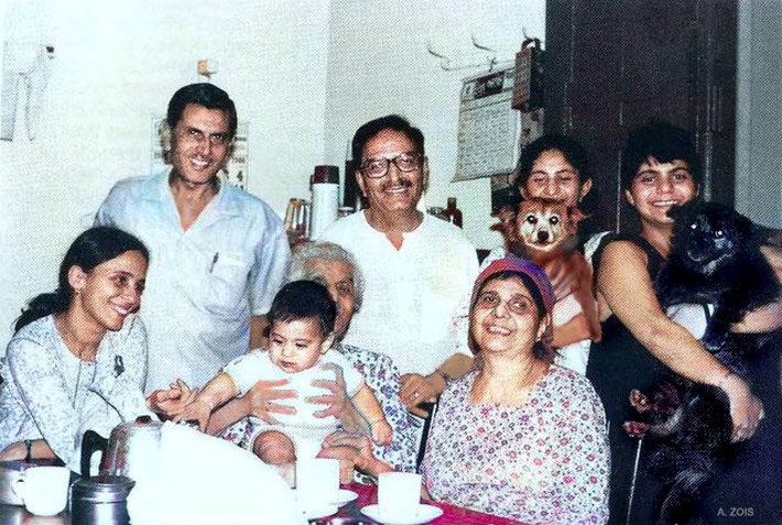 Family & friends at Bindra House, Poona, India. Image colourized by Anthony Zois.