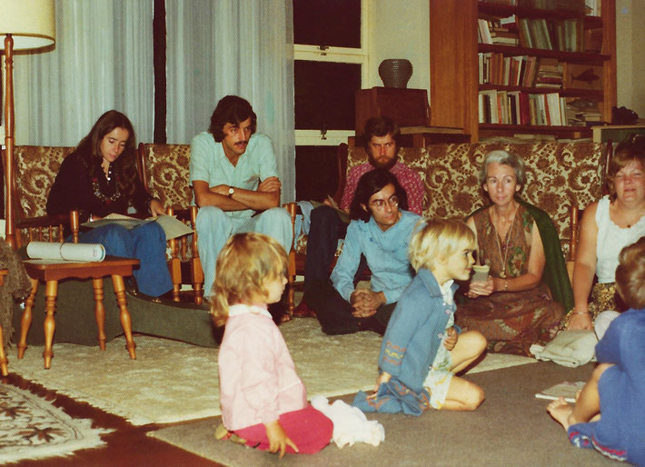 1974 ; Meher House gathering. Photo taken by Anthony Zois