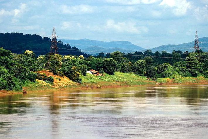 Narmada River, Mandla and surrounding countryside.
