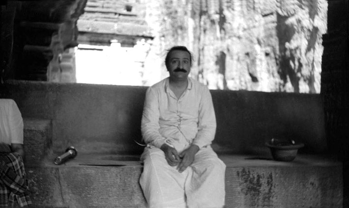 MSI Collection - Meher Baba at Ellora